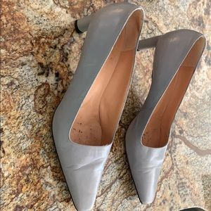 Grey pointed toe leather Richard Tyler heels.